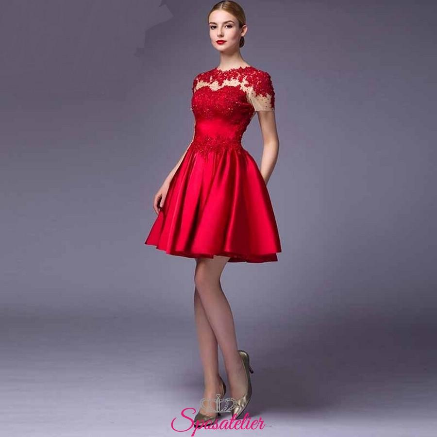 Vestiti donna online con vasto assortimento di taglie e colori, subito a casa tua in 24h dall'acquisto. Scegli il tuo abito preferito!