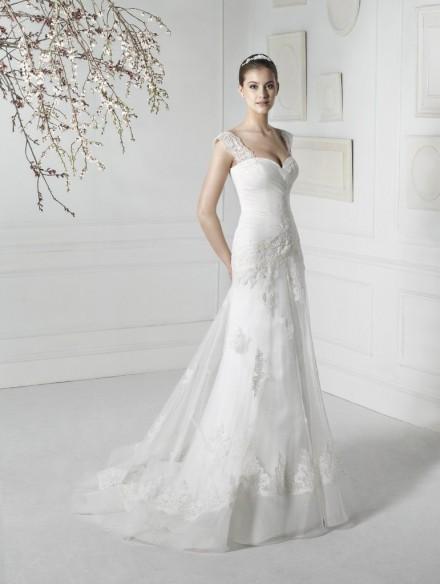 Arabella abito sposa ampia scollatura