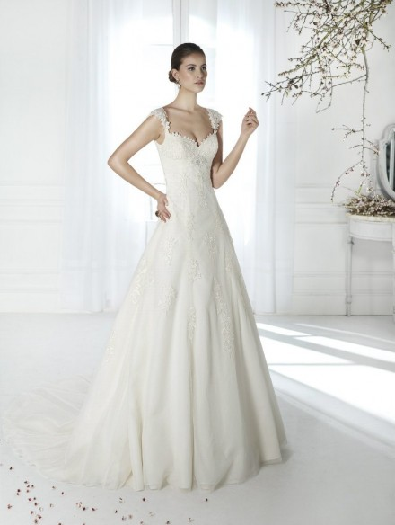 Simah abiti da sposa su misura