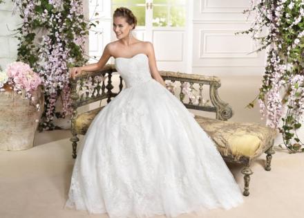 fabiola- vestito da sposa principessa online in organza tulle