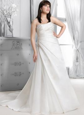 0d68266e45d2 bergamo- abiti da sposa taglie forti online economici Italia vendita
