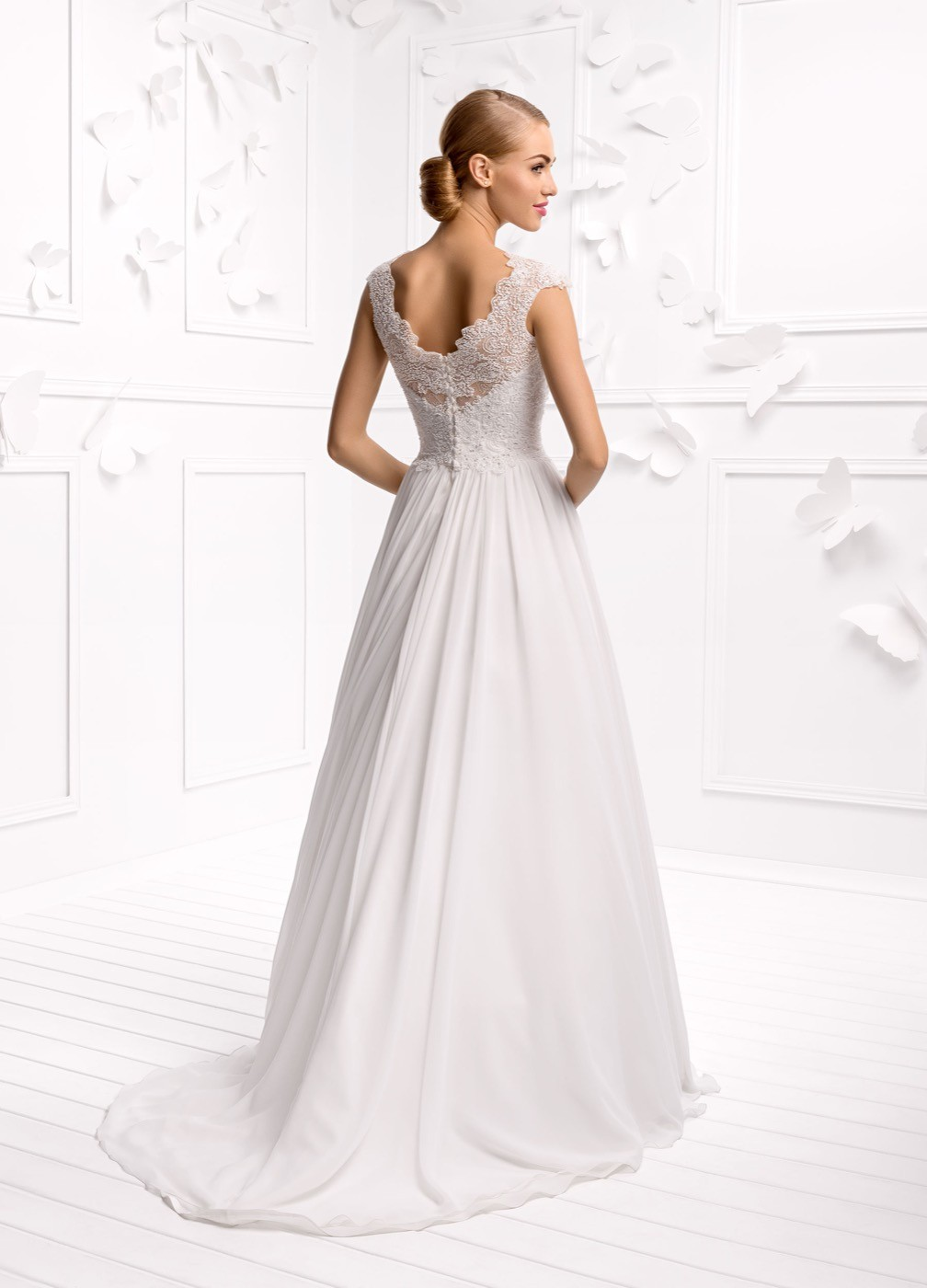 Matrimonio Spiaggia Pesaro : Pesaro vendita online abiti da sposa economici su misura