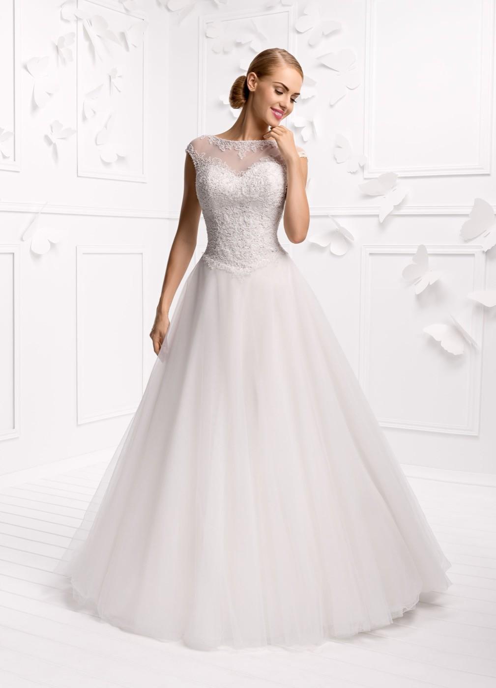 4490b59dcce1 Abiti Da Sposa Su Misura ~ Clare vendita online abiti da sposa su  misurasposatelier