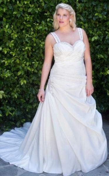BOLINE-abiti da sposa 2016 taglie comode su misura