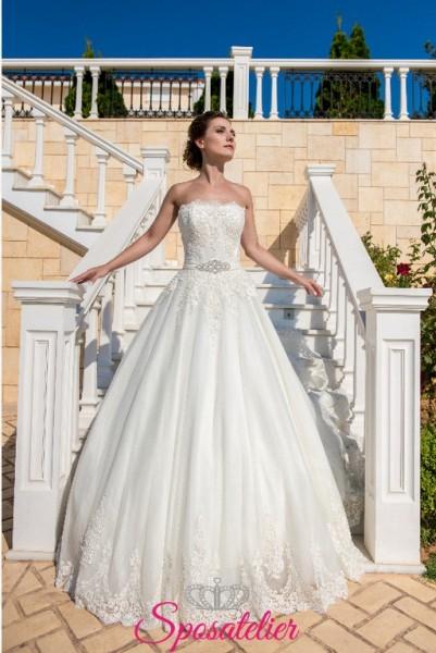 Gega-Vestiti da sposa online Italia scollo omerale con cintura con strass