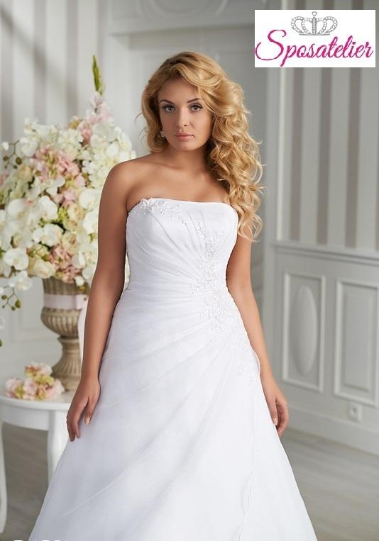 Matrimonio Spiaggia Roma : Abito da sposa semplice taglie conformate per donna