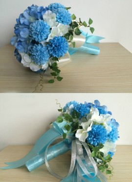 Bouquet Sposa blu e bianco artificiale online