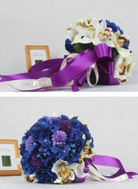 Bouquet da Sposa originale per matrimonio a tema viola e blu