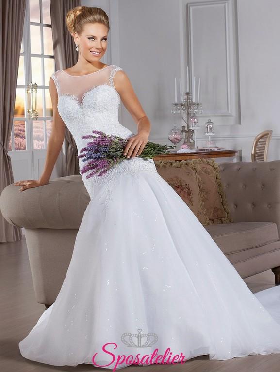 c56688db2490 yoira- abiti da sposa aderente sui fianchi con pizzo Italia online
