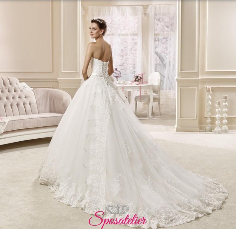 Matrimonio In Spiaggia Italia : Alikia abiti da sposa ampi e principeschi con scollo a