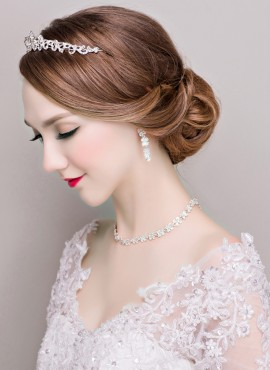tiara per acconciatura sposa con strass online Completo con Orecchini e Collana