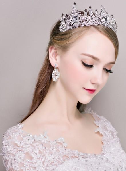 Corona Sposa con strass e orecchini online prezzi bassi
