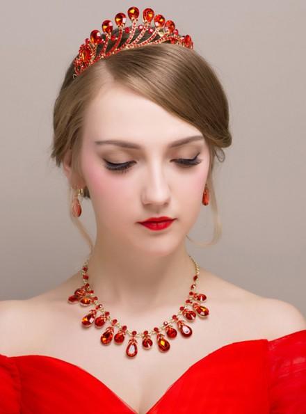 Tiara Sposa rossa con orecchini a goccia