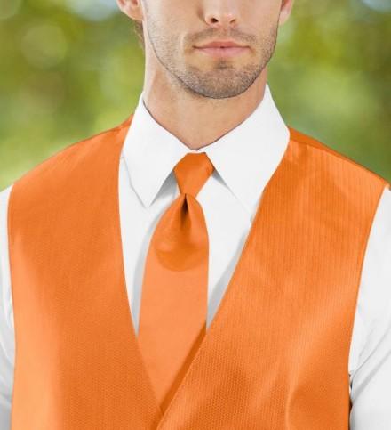 Cravatta arancione modello classico