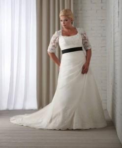 abito-da-sposa-per-taglie-forti-bianco-e-nero