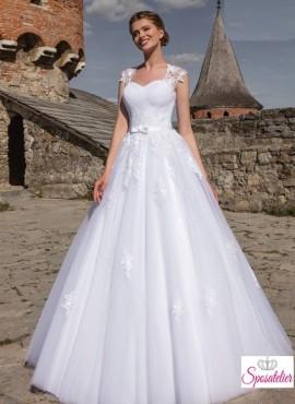 57d748c65cb7 abiti da sposa con pizzo economici on line collezione 2017