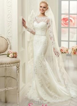Attimisya – abito da sposa a sirena ideale per fisico a clessidra