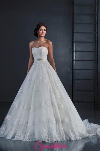 abito da sposa stile Principessa in pizzo prezzo Economico online