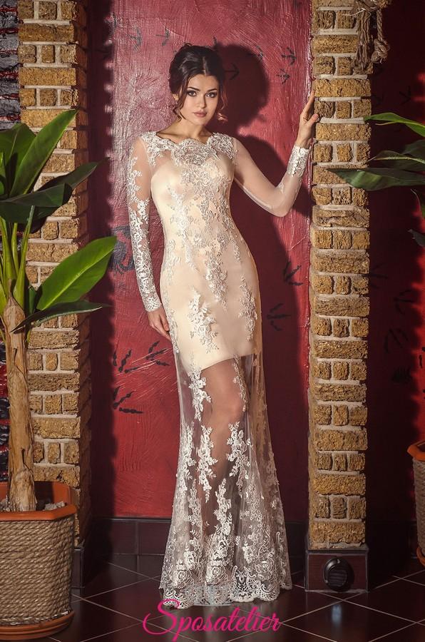 bcf667bcb322 Vestito da sposa di pizzo color champagne con gonna trasparente ricamata