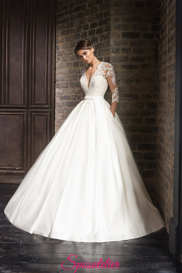 83145fc486f7 abito da sposa stile Principessa Kate in raso e pizzoSposatelier