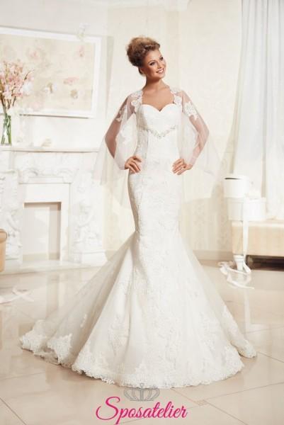 abiti da sposa con scollo a cuore di pizzo con strass scontati