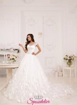 abiti da sposa 2018 ampio con strascico lungo vendita online