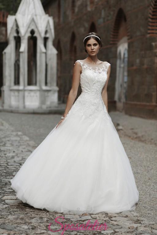 424c6cda46ab abiti da sposa con gonna a ruota e corpetto in pizzo online
