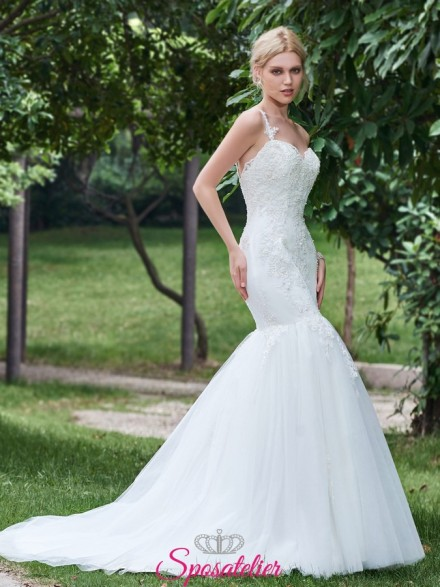 abiti da sposa in pizzo con gonna a tromba online Italia