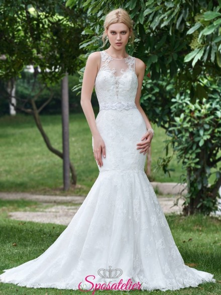 abiti da sposa a clessidra con ricami in pizzo online Italia