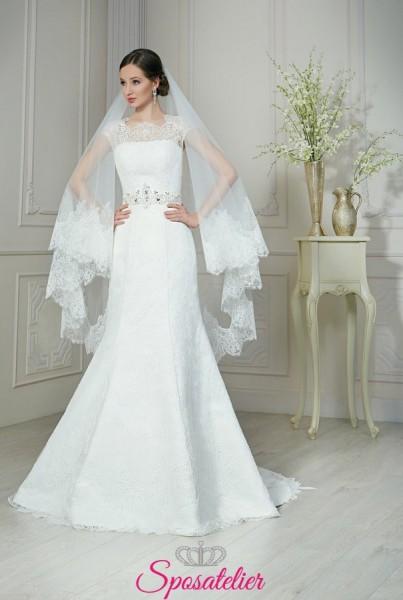 abiti da sposa con gonna a trapezio in pizzo elegante