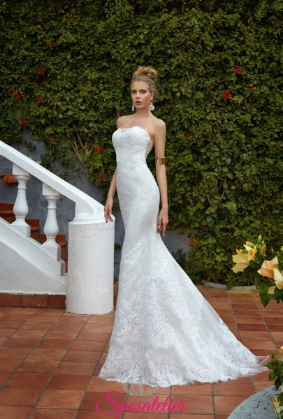 abito da sposa a sirena ricamato in pizzo online economici Italia