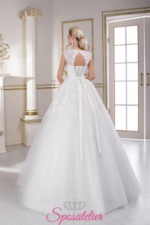 Vestiti Da Sposa 2018 Prezzi.Abiti Da Sposa Con Scollo A Cuore Cinturino Di Strass Gonna A