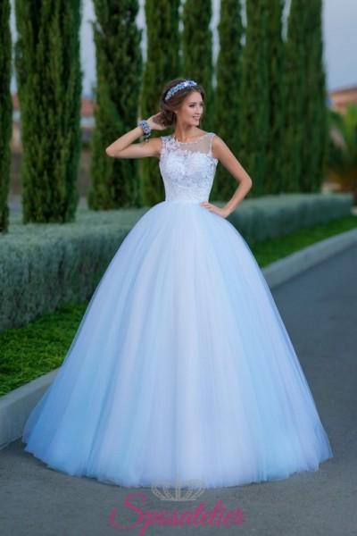 5c719b84c895 abiti da sposa on line economici con corpetto ricamato e gonna ampia