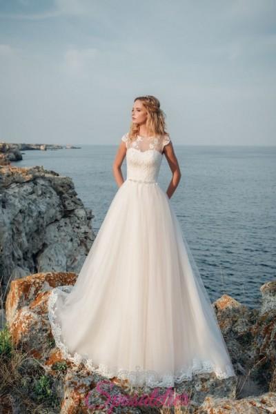 abiti da sposa su misura sartoriali economici tessuti italiani