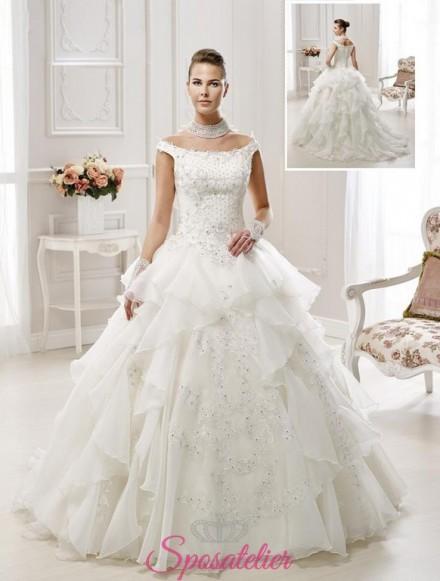 abiti da sposa eccentrico pomposo con balze vendita online