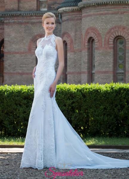 abito da sposa con collo alto e schiena ricamata vendita online