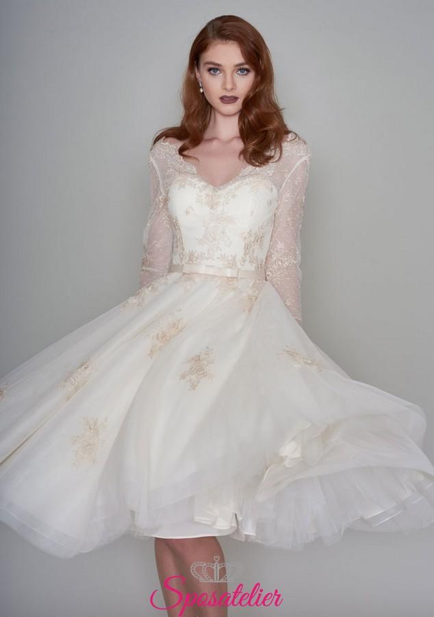 abiti da sposa per matrimonio civile color avorio con dettagli champagne 3cbd232e78b