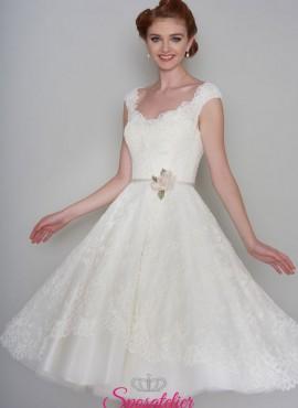 abiti da sposa ispirazione vintage modello corto con cinturino