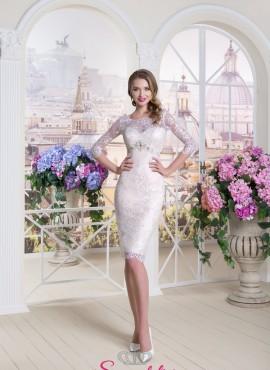 abiti da sposa a tubino corto elegante per matrimonio anticonvenzionale