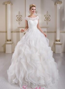 abiti da sposa 2018 ampio con gonna pomposa a balze vendita online