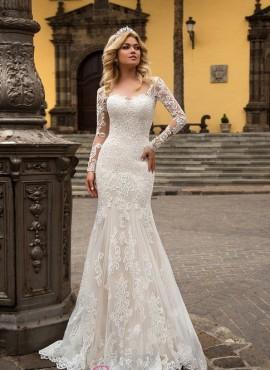 abiti da sposa a sirena con maniche e ricami  collezione 2018