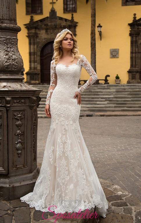 20b1160d4387 abiti da sposa a sirena con maniche e ricami collezione 2018Sposatelier