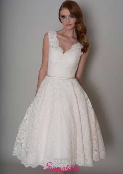 abiti da sposa corto in pizzo elegante per matrimonio civile