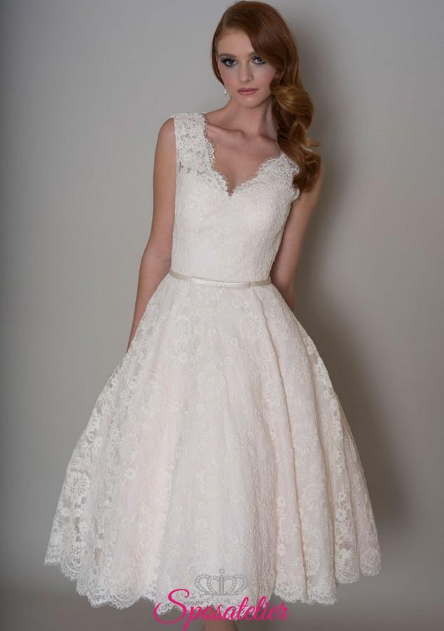 6feae5def8d5 abiti da sposa corto in pizzo elegante per matrimonio civileSposatelier