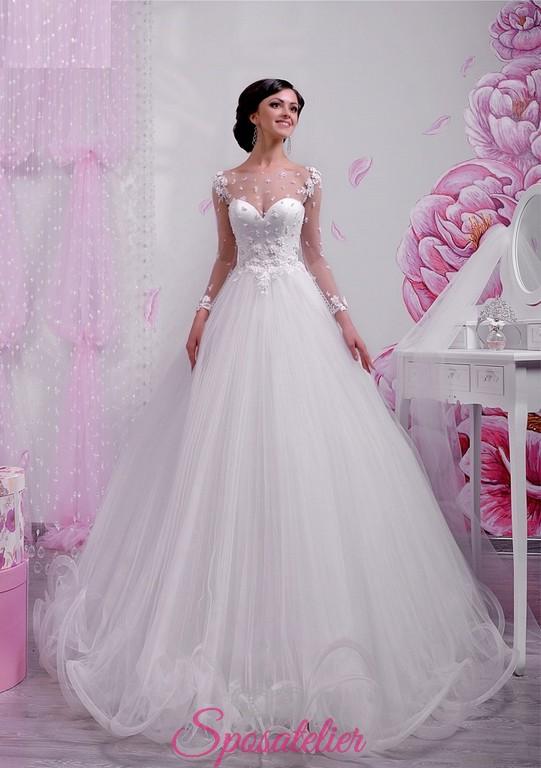 low priced d8c4d f3c90 abiti da sposa fiabesco con ampia gonna di tulle e corpetto decorato