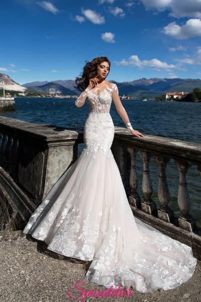 vestito da sposa a sirena in pizzo molto sexy per un fisico perfetto
