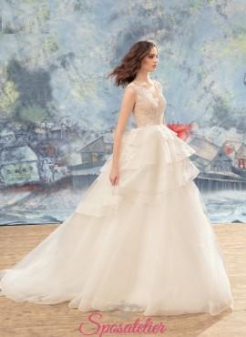 abiti da sposa di tendenza realizzati su misura sartoria online