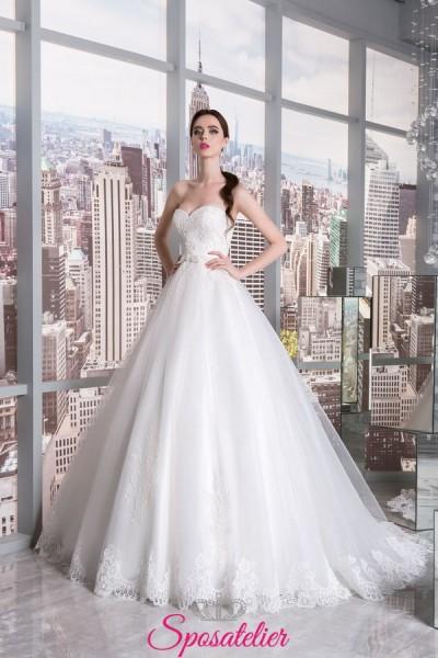 abito da sposa 2018 per ingresso in Chiesa modello principessa ricamato