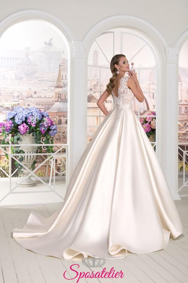abito da sposa in raso e pizzo 2018 economico on line alta qualità acdace821724