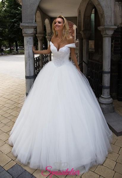 abito da sposa pomposo con scollo a cuore collezione 2018